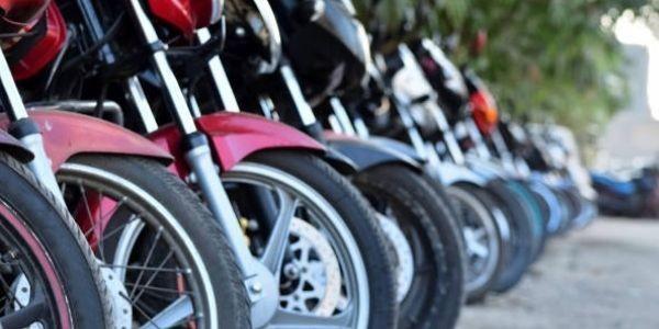Qué tipo de moto es la más adecuada para ir a trabajar