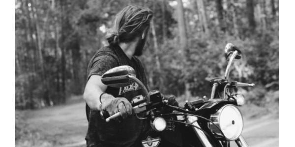La Moto Hace al Hombre